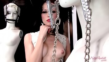 Sexy Mistress is enjoying great solo