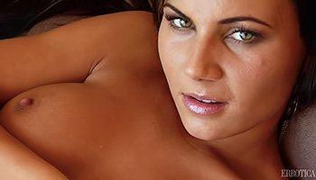 Dirty-talking Latina mistress loving hardcore masturbation action