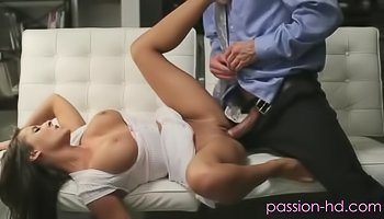 Sensual brunette loves deep penetration