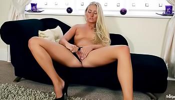 Leggy blonde gets real horny