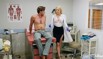 Erotic encounter with a sexy doctor