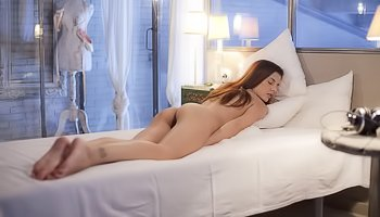 Lustful babe is fingering pussy