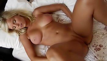 Wild masturbation from a kinky blonde
