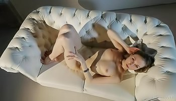 Flexible blonde is enjoying awesome solo