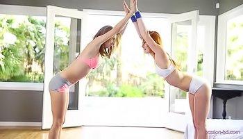 Flexible sluts are sharing big boner